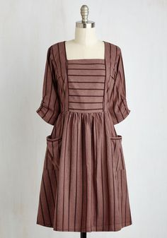 Downton Abbey Lower Class style dress. Simple and charming. Hillside Solace Dress $84.99 AT vintagedancer.com
