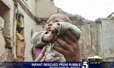 TITOLI NEWS PAGE: Nepal, il neonato estratto vivo dalle macerie.