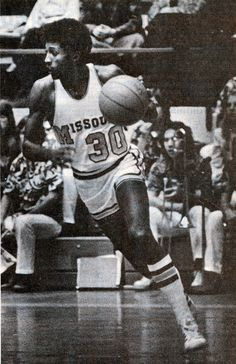 Willlie Smith #30 - retired jersey Mizzou Basketball, Basketball History, Athletics, Tigers, Missouri, University, History Of Basketball, Community College, Colleges