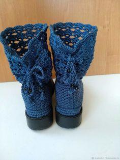 Crochet Slipper Boots, Crochet Shoes, Crochet Slippers, Pikachu Crochet, Fingerless Gloves, Arm Warmers, Socks, Fashion, Booties Crochet