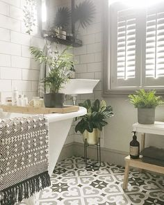 Cozy bathroom design will influence a mood. If you find a dirty bathroom, it will make you feel a bad mood. The bathing activity will feel bored. The design of the bathroom will have a huge role Cozy Bathroom, Family Bathroom, Bathroom Renos, Master Bathrooms, Bathroom Pics, Bathroom Laundry, Plants For Bathroom, Small Cottage Bathrooms, Green Bathroom Tiles