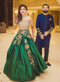 30 Times Real brides rocked a Manish Malhotra design is part of Manish malhotra designs - See the sartorial excellence of Manish Malhotra's beautiful designs as showcased by real life brides around the world Indian Wedding Gowns, Indian Gowns Dresses, Indian Bridal Fashion, Pakistani Dresses, Indian Outfits, Bridal Outfits, Bridal Dresses, Moda India, Manish Malhotra Designs