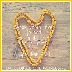Van alles waarover je waakt, waak vooral over je hart, het is de bron van je leven. Spreuken 4:23 (NBV)  #Bron, #Hart, #Waakzaamheid  https://www.dagelijksebroodkruimels.nl/spreuken-4-23-2/