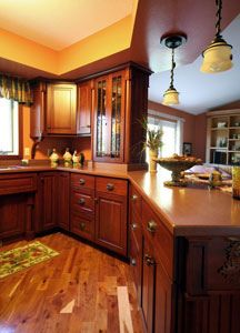 Custom Design Kitchen by Design Cabinetry Inc.