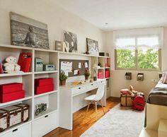 dependendo do que se coloca nas prateleiras a utilidade do quarto pode mudar.... eestidosthe boo and the boy: kids' desks