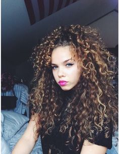 Best loved Curly hairstyles for ladies Longues coiffures 0 Ağu 2018 Long hairstyles 0 Long curly hair is one of the most attracti. , Best loved Curly hairstyles for ladies , , image_alt] Big Curly Hair, Long Curly, Curly Hair Styles, Natural Hair Styles, Pelo Natural, Natural Hair Inspiration, Gorgeous Hair, Textured Hair, Pretty Hairstyles
