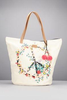 Pin for Later: 22 Strandtaschen für einen stylischen Auftritt am See, Pool oder Meer  Codello Strandtasche mit Peace-Motiv (59 €)