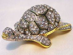 Turtle Swarovski Crystal Trinket Jewelry Ring Box // oh I love it! |Pinned from PinTo for iPad|