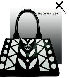 VO Signature Handbag (Black) by Beyond Buckskin Boutique Fashion Now, Pop Fashion, Fashion Photo, Native American Fashion, Native American Indians, Nyc Girl, Native Style, Black Handbags, Purses And Bags