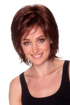 Edgy yet sophisticated, this chin length style features a feathery side fringe and shaggy, razor cut layers. Short Layer Cut, Short Layers, Pelo Color Caoba, Side Fringe, Side Bangs, Synthetic Wigs, Shaggy, Bob Cut, Hair Lengths