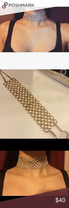 GOLD CHOKER Gold choker make a statement with this amazing gold choker NO trades. Bundle & save! Please use the OFFER TOOL Jewelry Necklaces