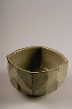 Jeff Oestreich | Untitled bowl, 1960-82; purchased in Taylors Falls, Minnesota; stoneware; Gift of American Ceramic Society Collection