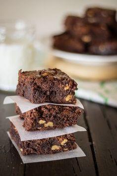 Receta de brownie americano: el auténtico | Sweet Magazine http://sweetmag.es/receta-de-brownie-americano-el-autentico/