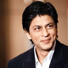 http://www.nnews.in/shah-rukh-khan-detained-at-los-angeles-airport/  Shah Rukh Khan Detained At Los Angeles Airport