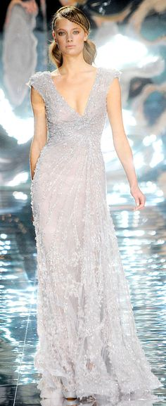 Elie Saab Spring/Summer 2010 via Vogue UK.... you know if i ever had a gala or something to go to lol