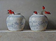 Witte gemberpotjes met rozenbottels 2013 (18 x 24 cm)