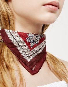Pañuelos - Accesorios - NEW COLLECTION - MUJER - Bershka Colombia