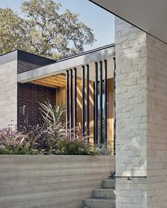 mid century home design built today, modern mid century, updated mid century design, Modern Architecture House, Modern House Design, Amazing Architecture, Modern Interior Design, Studios Architecture, Architecture Details, Modern Exterior, Interior Exterior, Exterior Design