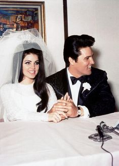Vintage Wedding - Elvis married Priscilla Beaulieu in Las Vegas on May 26, 1967 from http://www.elpais.com/fotogaleria/bodas/glamour/elpgal/20110710elpepuage_2/Zes/1
