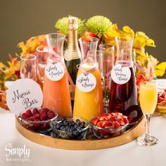 Make A Low Carb Mimosa Perfect For Brunch Enjoy all the flavor of a classic mimosa, without all the carbs! Check out this delicious low carb mimosa-perfect for Brunch-with only two ingredients! Breakfast And Brunch, Breakfast Buffet, Sunday Brunch Buffet, Breakfast Recipes, Saturday Brunch, Breakfast Casserole, Breakfast Ideas, Champagne Brunch, Brunch Drinks