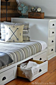 Bedroom  How To Single Dorm Bed Lofted Room D on Wooden Dorm Loft     Bedroom  Built In Bed with Trundle Drawers Diy Projects with Brilliant Tiny  House Features Diy