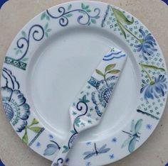 W Fine Porcelain China Diane Japan Ceramic Wall Art, Ceramic Painting, Ceramic Plates, Ceramic Pottery, Painted Plates, Hand Painted Ceramics, Fine Porcelain, Porcelain Ceramics, Pottery Painting Designs