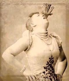 Edith Clifford, side show performer who lived on a diet of steel as a sword swallower and was at the top of a field that was mostly men, namely, eating metal things while people clapped. Cirque Vintage, Vintage Circus Photos, Images Vintage, Photo Vintage, Vintage Circus Performers, Old Circus, Circus Acts, Night Circus, Dark Circus