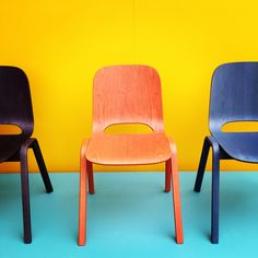 Trending SS14 - brightly coloured wall #thedailydagny #disciplinedesign #norwegiandesign #larsbellerfjetland Wall Colors, Bright Colors, Chair, Furniture, Instagram, Design, Home Decor, Bright Colours, Decoration Home