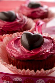 Irresistible Gluten Free Red Velvet Cupcakes #glutenfree #Valentinesday #treats #dessert #baking #suja #sujajuice #health #nutrition #juicecleanse #itsthejuice #detox #organic #wholefoods #nongmo