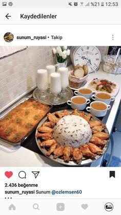 Sunumlar Iftar, Turkish Breakfast, Ramadan Recipes, Xmas Food, Food Decoration, Food Platters, Home Food, Turkish Recipes, Dinner Dishes