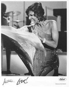Discografía de Natalie Cole en Discogs Unforgettable Natalie Cole, Jazz Radio, Dionne Warwick, Gladys Knight, Nat King, Female Artist, King Cole, Black Celebrities, Aretha Franklin
