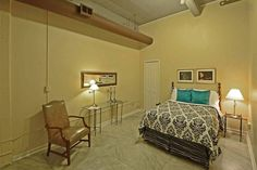Downtown Memphis Condo- Luxury Bath - vacation rental in Memphis, Tennessee. View more: #MemphisTennesseeVacationRentals