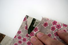E074-137 24cmファスナーのあおりバッグ : うねうねごろごろ Floral Tie, Coin Purse, Purses, Wallet, Blog, Handmade, Free, Accessories, Patterns