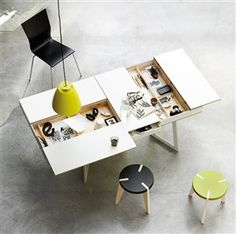 Every coffee table should have storage like this!