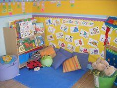50 Relaxing and Cozy Reading Corner Decor Ideas - decorationroom Kindergarten Reading Corner, Reading Corner Classroom, Preschool Reading Area, Library Corner, Preschool Library Center, Preschool Centers, Cozy Reading Corners, Book Corners, Cozy Corner