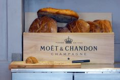 Say Cheese: Visiting a Cheese Bar in Lyon http://www.moretimetotravel.com/say-cheese-visiting-cheese-bar-lyon/