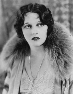 """Corinne Griffith - She was a silent film star known for such films as """"The Garden of Eden"""" and """"The Lilies of the Field."""" Cremated, Ashes scattered at sea. Hollywood Glamour, Vintage Hollywood, Classic Hollywood, Hollywood Actresses, Hollywood Stars, Silent Screen Stars, Silent Film Stars, Movie Stars, Vintage Glamour"""
