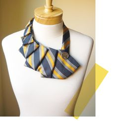 Today i felt in love with Tie necklace. I will definitely make spring/ Summer collection of my own Tie Necklaces :) But as it w. Sewing Hacks, Sewing Crafts, Sewing Projects, Diy Projects, Old Ties, Tie Crafts, Diy Accessoires, Do It Yourself Fashion, Creation Couture