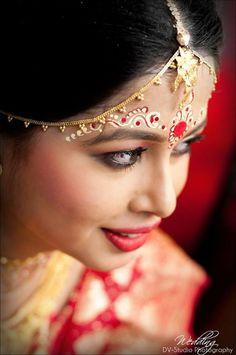 The Beautiful bengali bride, Bridal attire
