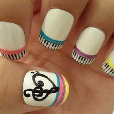 musical nails :)