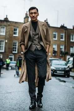 On the street at London's fall 2017 men's fashion week. Photo: Imaxtree.