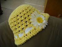 A Crafty Cook: Sun Hat free crochet pattern