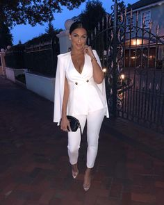 2 piece outfits for women clubwear 2019 All White Party Outfits, All White Outfit, Classy Outfits, Cute Outfits, Suit Fashion, Look Fashion, Fashion News, Fashion Outfits, Fashion Trends