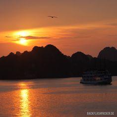 Sunset & Sonnenuntergang in Vietnam Halong Bay