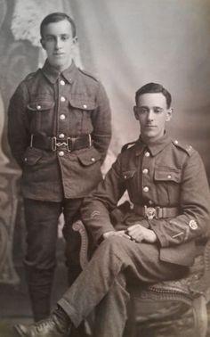 WW-I-British-Real-Photo-Postcard-Two-Lewis-Gunners