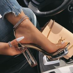 Cheap online heels and sneakers store for women. cheap designer shoes These stores can provide you with the best footwear for birthday party, bridal/baby shower, work and day & night events Fancy Shoes, Pretty Shoes, Me Too Shoes, Prom Shoes, Shoes Heels, Pumps, High Heels Outfit, Heeled Sandals, Stiletto Heels