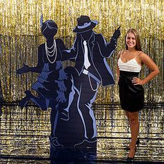 This All That Jazz Dancing Couple Standee makes a perfect accent for your 1920s or jazz themed event and it's a great photo op to pose with.