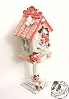 The other side of @Tara Orr's altered Secret Garden Birdhouse. Those roses are stunning! #graphic45