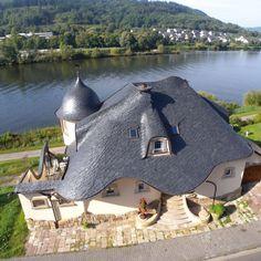 Einfamilienhaus in Wilder Deckung von Rathscheck Schiefer