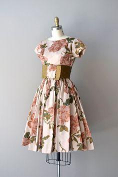 1950s dress / 50s dress / floral print / Pavlova by DearGolden